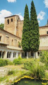 Abbaye De Gellone Saint Guilhem Le Desert 4