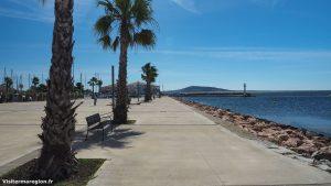 Promenade Sur Le Front De Mer Meze 2