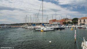 Promenade Sur Le Port De Bouzigues 2