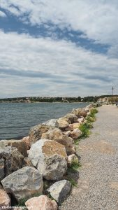 Promenade Sur Le Port De Bouzigues 5