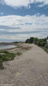 Promenade Sur Le Port De Bouzigues 9