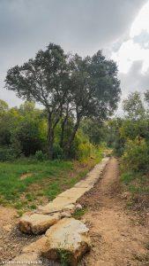 Randonnée De Laqueduc De Castries 8