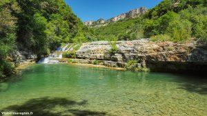 Baignade Et Cascade A Pegairolles De Lescalette 1